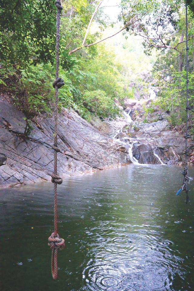 Rope swing waterfall Koh Pha Ngan. December 2014