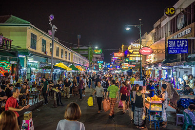 Nightlife at the Khaosan Road in central Bangkok