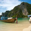 Loading Tain Boat<br /> Ton Sai Bay, Phi Phi Is., Thailand