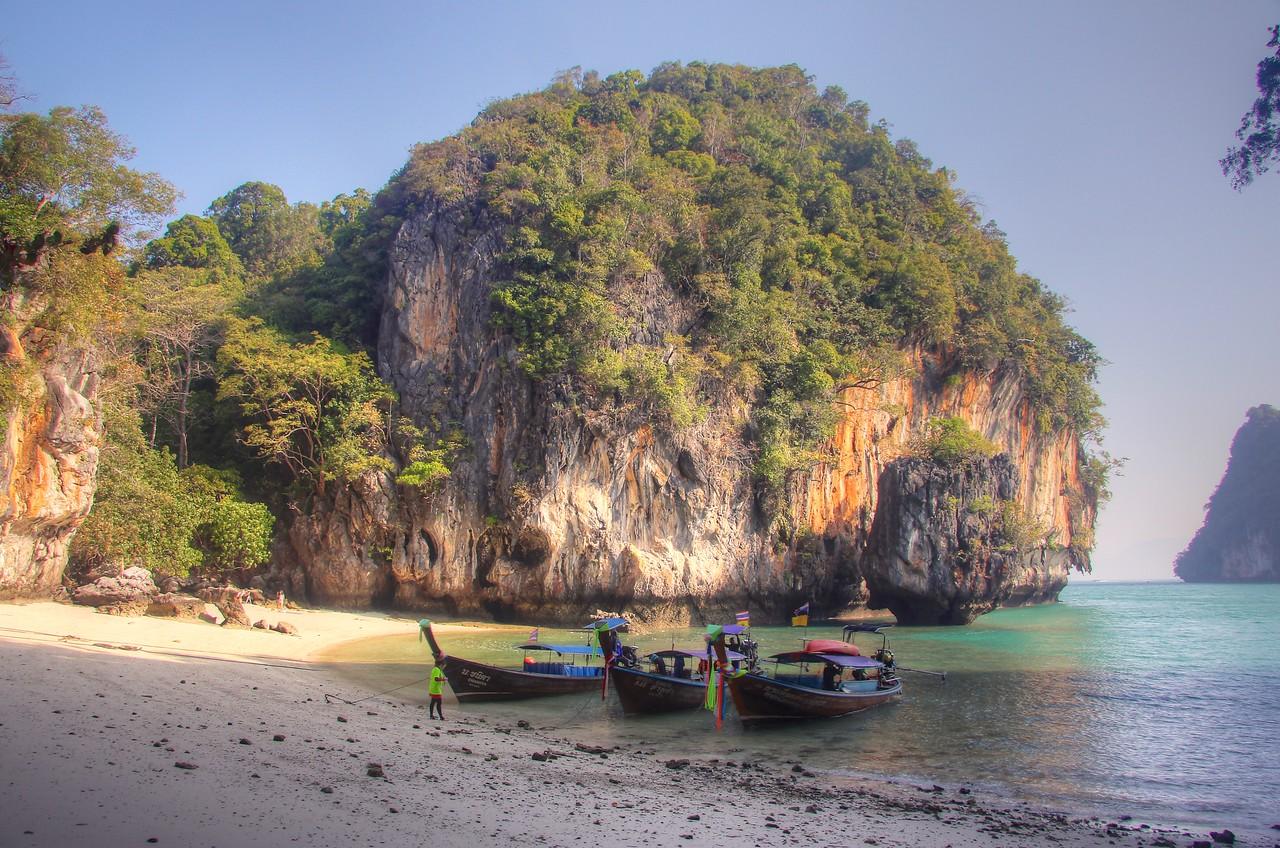 Koh Lao La Ding also known as Paradise Island - Andaman Sea
