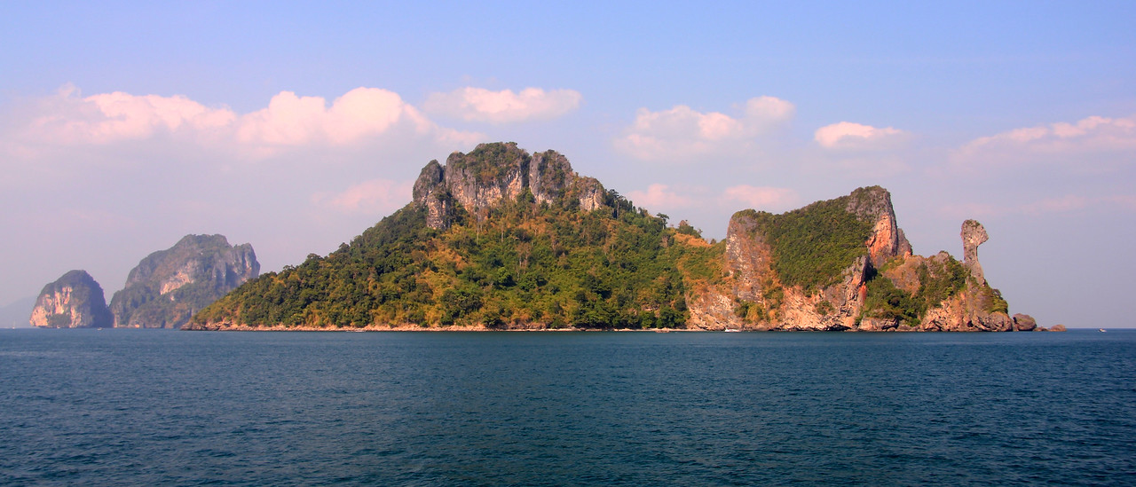 Koh Kai - commonly known as Chicken Island (see why over on the right?) - Andaman Sea