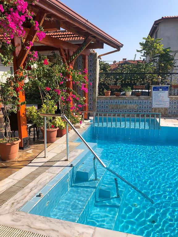 Pamukkale hotel pool