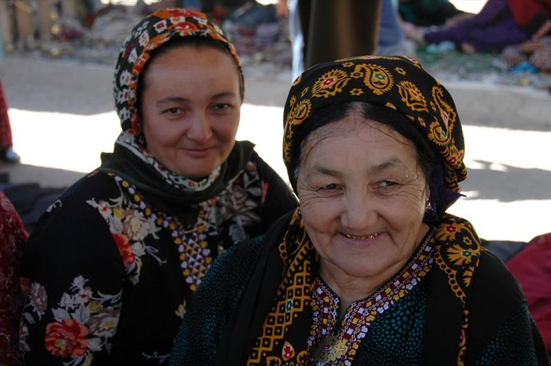 Mother and Daughter Jewelry Vendors - Ashgabat, Turkmenistan