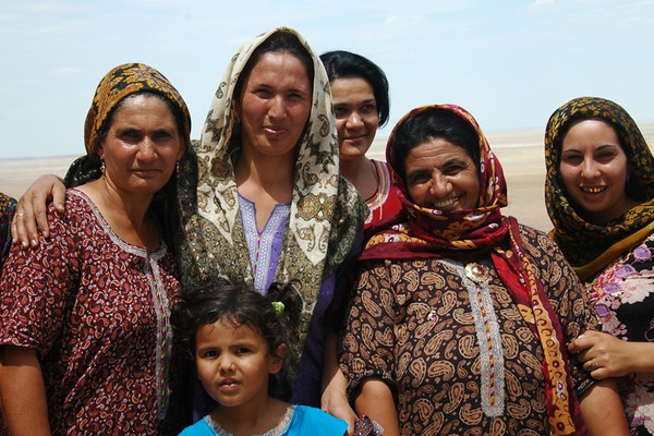Turkmen Women and their Traditional Dress - Paraw Bibi, Turkmenistan