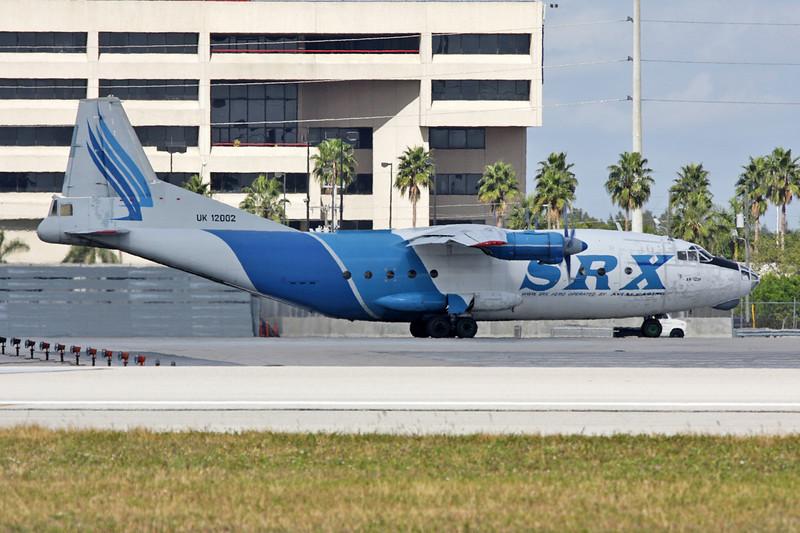 "UK-12002 Antonov An-12BP ""Avialeasing"" c/n 402002 Miami/KMIA/MIA 05-12-08"