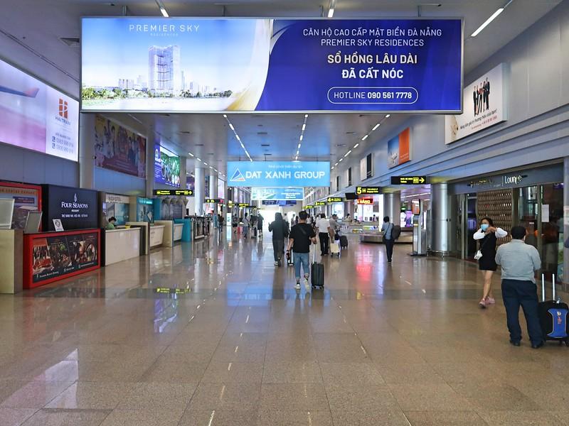 Premier Sky Residences advertising at Danang Airport