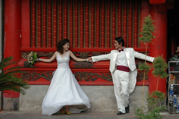 Newly Married Couple - Hanoi, Vietnam