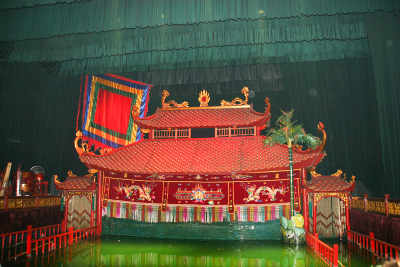 photo essay water puppets in hanoi wyman stocks photo essay water puppets in hanoi