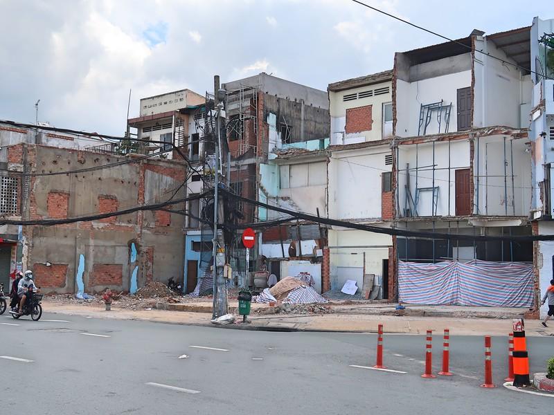 Corner of Truong Chinh and Hoang Van Thu