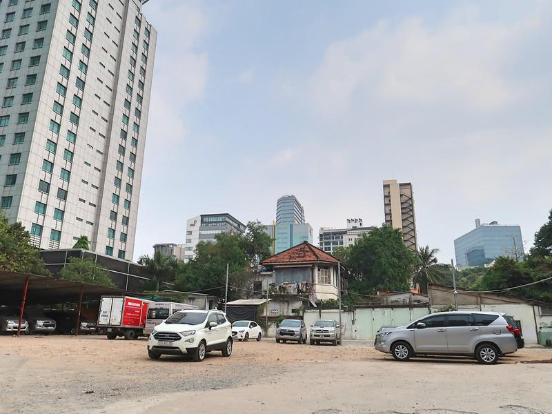 Carpark at Chu Manh Trinh