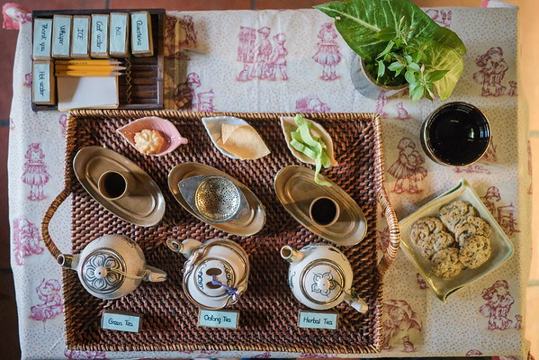 traditional vietnamese tea sampler