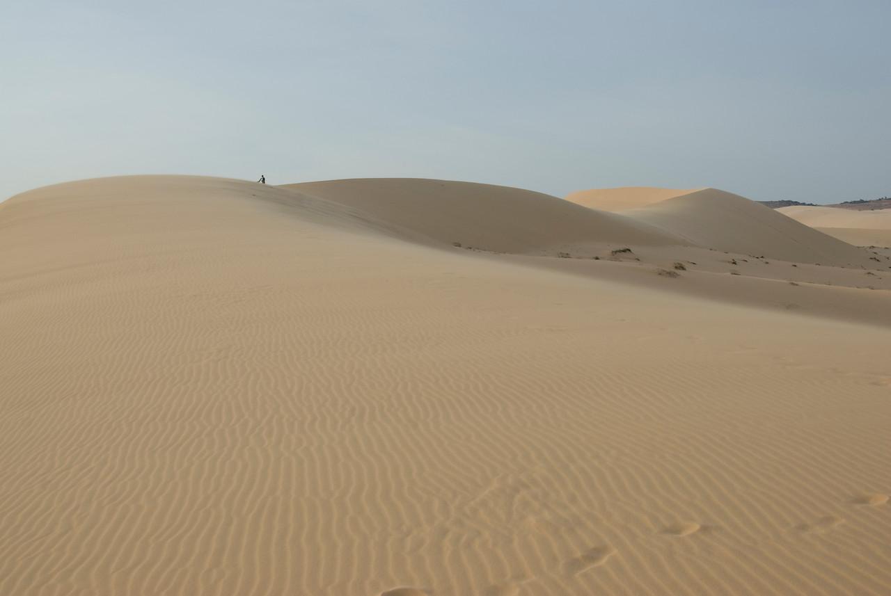Windblown marks at white sand dunes - Mui Ne, Vietnam