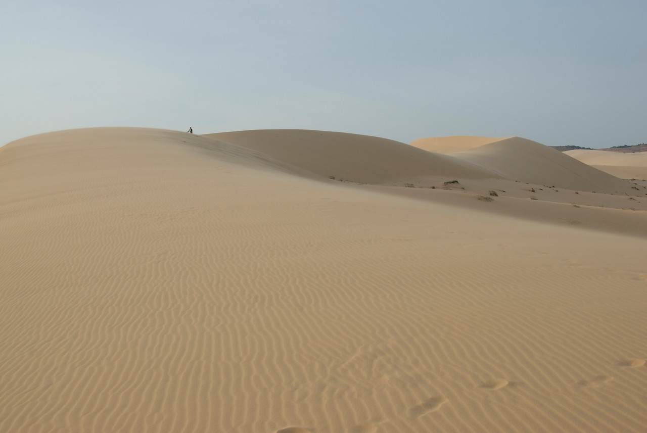 Windblown marks at white sand dunes - Mui Ne, Vietnam