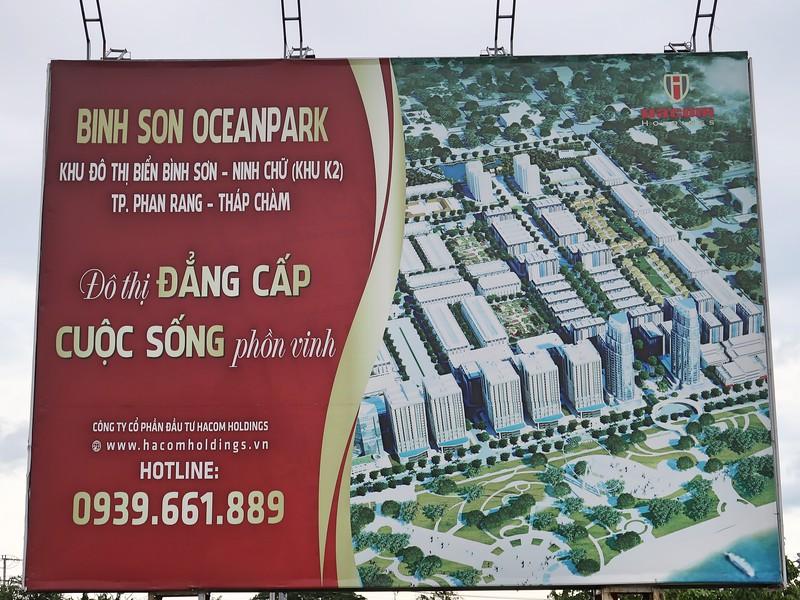 Binh Son Ocean Park sign