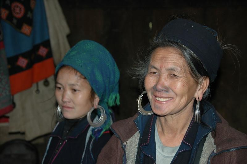 Hmong Mother and Daughter - Sapa, Vietnam