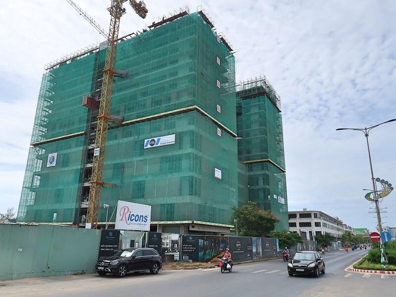 Apec Mandala Wyndham Phu Yen construction