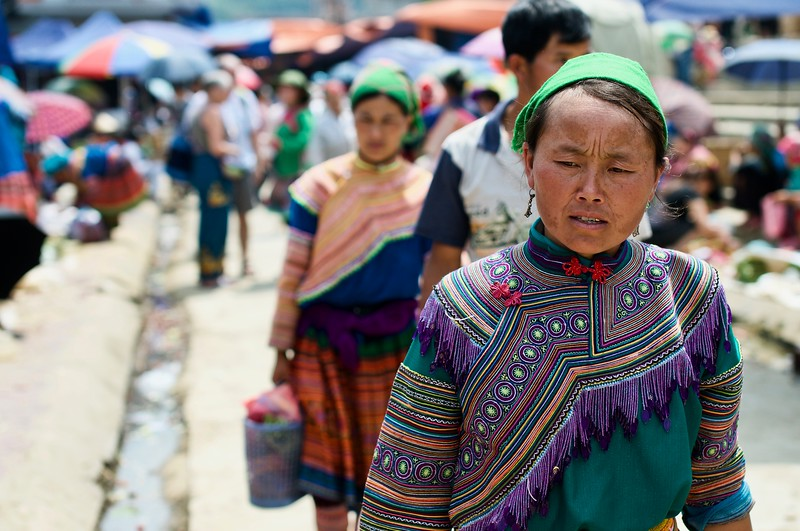 """Flower H'mong"" tribe at Bac Ha market"