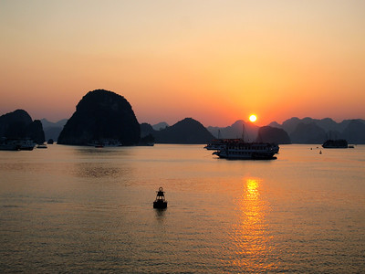 Sunset on Ha Long Bay