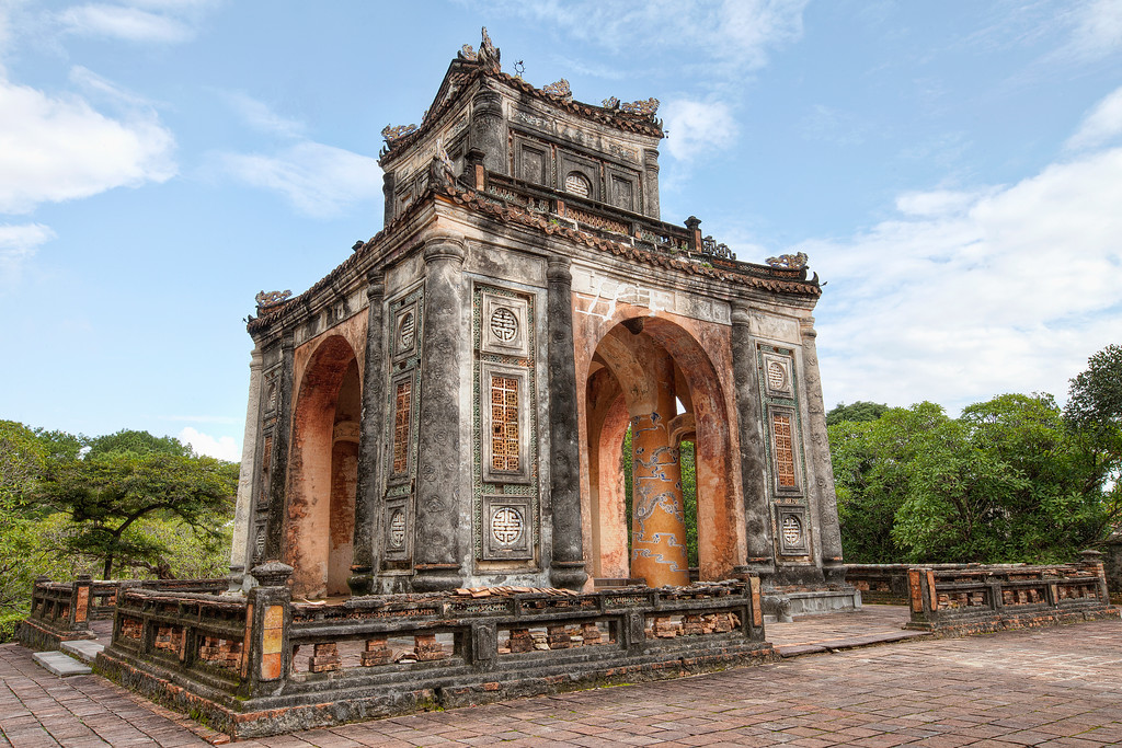 tu-duc-mausoleum-arch-hue-vietnam-antiquity-ancient