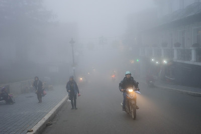 The fog has engulfed the town of Sapa