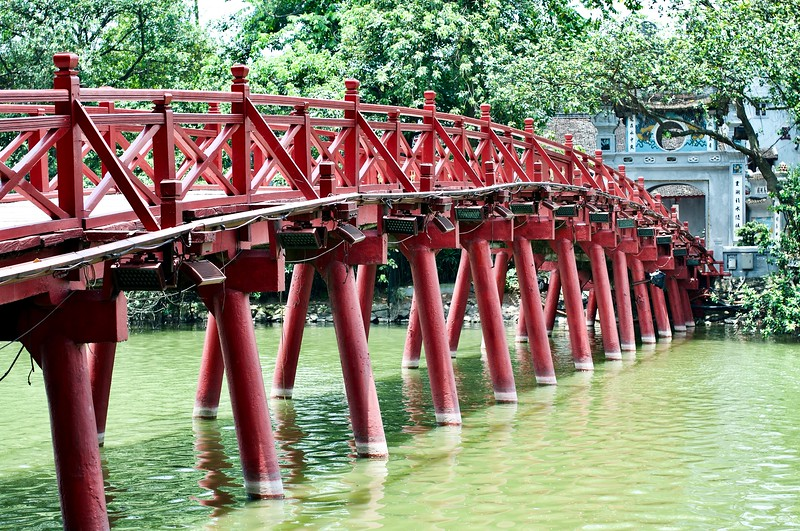 Huc Bridge and Ngoc Son Temple, Hanoi