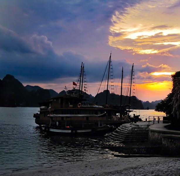 Ha Long Bay Cruise Sunset