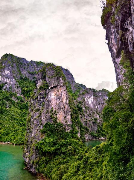 Ha Long Bay Limestone Karsts