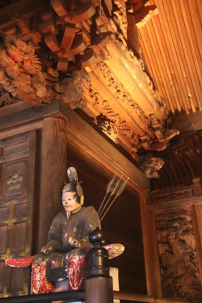 Yabuhara Shrine,  17th Century Carvings of Gods Flanking the Temple