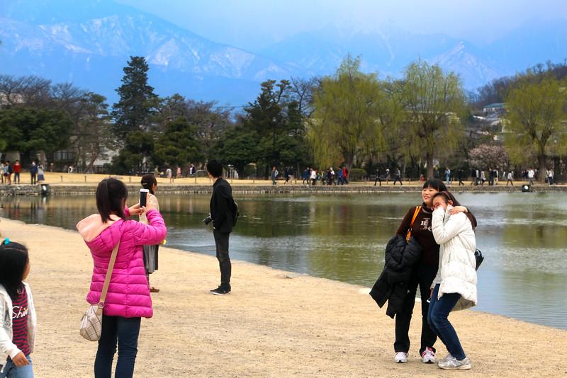 Matsumoto Castle, Girls Posing