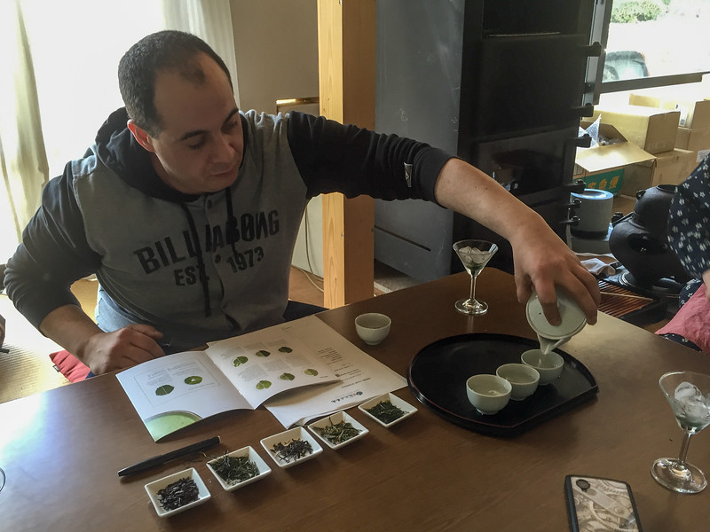 Learning the pouring method for sencha tea | A Japanese Tea Tasting Tour in Wazuka, near Kyoto, Japan