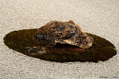 Zen Rock Garden at Ryōan-ji Temple