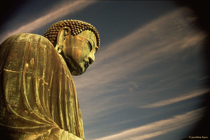 Great Buddha statue, 大仏, at the Kōtoku-in 高徳院 Buddhist temple in Kamakura, Kanagawa Prefecture, Japan