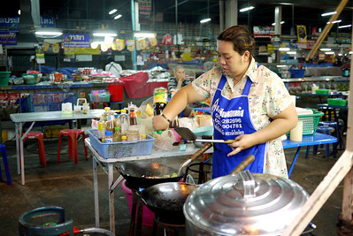 Veggie street food lady in Chiang Mai, Thailand