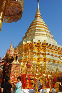 Doi suthep temple in Chiang Mai, Thailand (Claire)