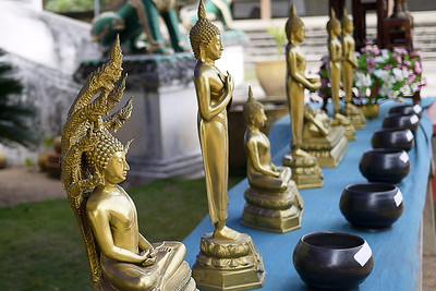 Offerings a the temple entrance, Chiang Rai, Thailand