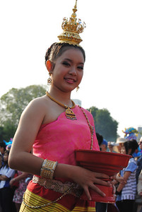 Pretty women parade at the Chiang Mai Flower Festival, Thailand