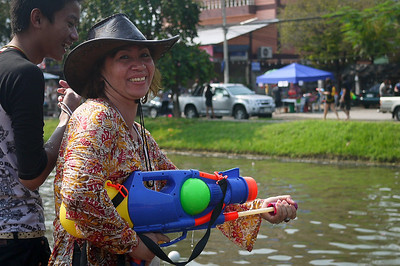 Can this please be my mom?! Songkran in Chiang Mai, Thailand