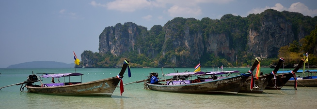 railay beach longboats thailand