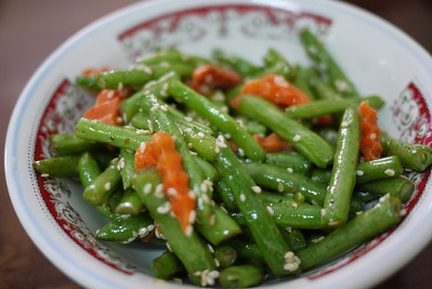 A dash of sesame seeds add deliciousness to these green beans and carrots.