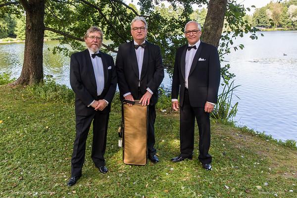 Sibeliuksen laulu- ja viuluminiatyyrejä sekä pianosävellyksiä