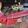 Métier à tisser de l'ethnie Palaung