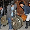 Lapian - Les tambours de bronze des Yao Pantalon Blanc - 拉片村。白裤瑶族