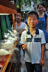Chengdu - Vieille ville - L'art de la sucette en sucre - 成都