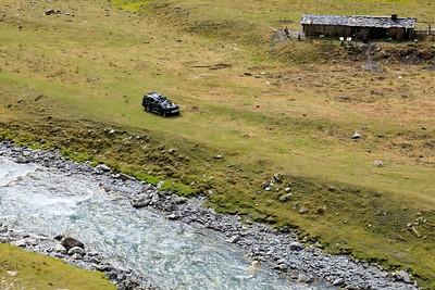 Car wreck at Pirikita Alazani River