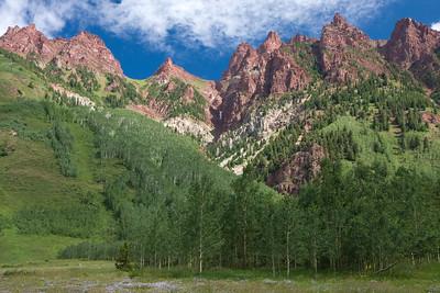 The peaks surrounding Maroon Lake