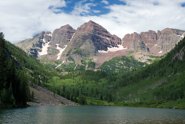 The requisite Maroon Bells shot