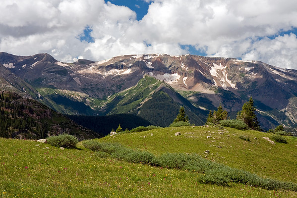 Looking towards Treasure Mountain and Lead King Basin on the way up Trail Rider Pass