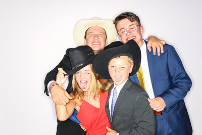 Alyssa & Will get hitched at TLazy 7 Ranch-Aspen Photo Booth Rental-SocialLightPhoto com-13