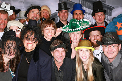 Charles Cunniffe Architects Holiday Party 2018-Aspen Photo Booth Rental-SocialLightPhoto com-15