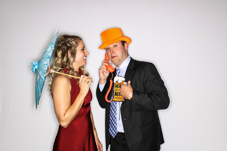 Lindsay & Raul Get Married at The Aspen Mountain Club-Aspen & Vail Photo Booth Rental-SocialLightPhoto com-84
